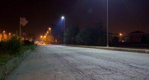 strada illuminata