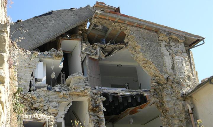 Case Di Pietra Terremoto : Terremoto come rendere antisismica la tua vecchia abitazione