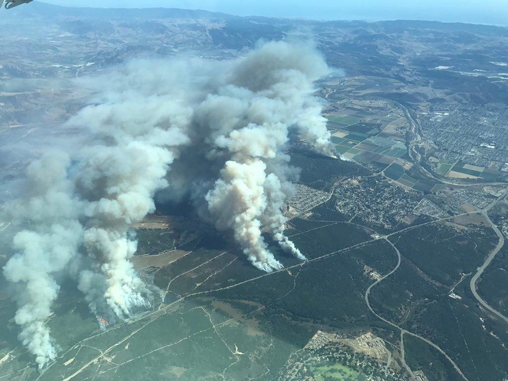 Incendi in california un 39 apocalisse oltre 500 dispersi for 3 case di storia in california