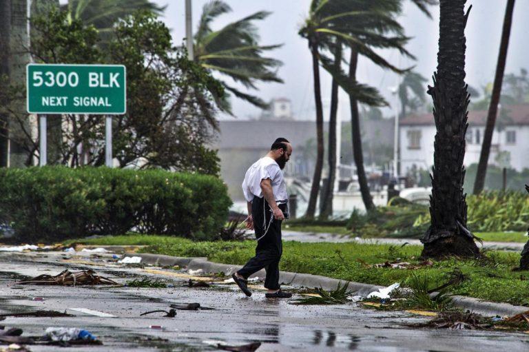 Miami durante il passaggio dell'uragano Irma - Foto LaPresse/EFE