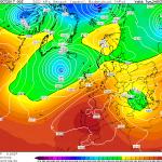 """Allerta Meteo, inizia la """"Tempesta Mediterranea"""": in arrivo venti da Uragano, allarme tornado e grandine in 7 Regioni del Sud tra Lunedì e Martedì"""