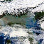 Caldo incredibile al Nord/Ovest: Verbania vola a +27°C, picchi di +25°C ad alta quota sulle Alpi Cozie e gli incendi non danno tregua [DATI]