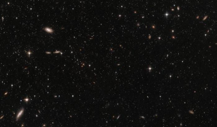 La Galassia Nana dello Scultore vista da Hubble