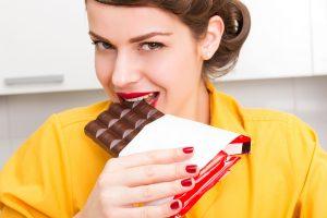 Addio ai dolori mestruali: ecco il cioccolato che risolve tutti i problemi