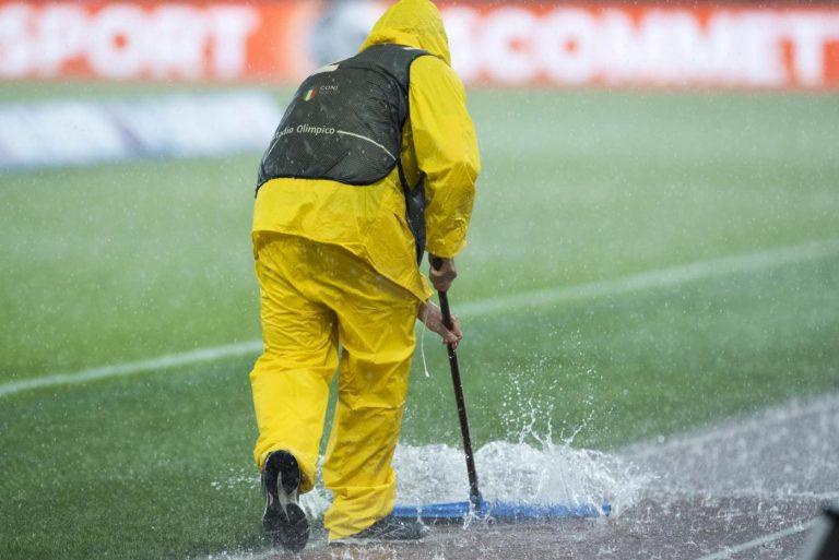 Maltempo a Roma, il diluvio sullo Stadio Olimpico - Foto LaPresse/Fabrizio Corradetti
