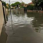 Maltempo, situazione drammatica in Abruzzo: scuole chiuse anche domani, a Silvi crolla il belvedere [FOTO]