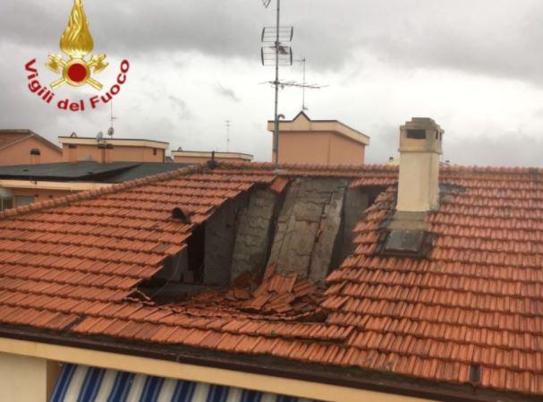 termoli crolla tetto