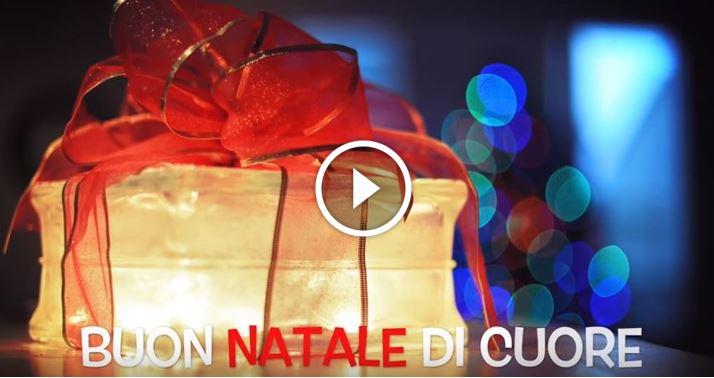 Auguri Di Natale Animati Da Inviare Via Mail.Auguri Di Buon Natale 2017 E Buone Feste Ecco I Video Piu