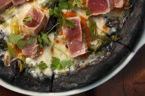 """pizzanera-300x199 Pizza, ecco 7 impasti di farina """"alternativa"""" rispetto a quella tradizionale: tutti i consigli utili"""