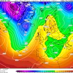 Allerta Meteo, si forma un Ciclone sul Tirreno: forte maltempo in arrivo al Centro/Sud. Migliora al Nord, ma arriva un po' di freddo [MAPPE]