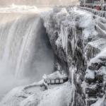 """Negli USA è un """"Felice Anno Nuovo!"""" da The Day After Tomorrow: temperature glaciali, e sta arrivando una nevicata storica!"""