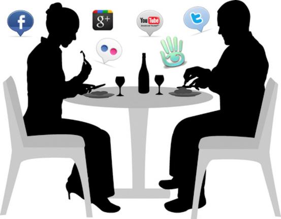 Uso eccessivo della tecnologia: smartphone e social media stanno ...