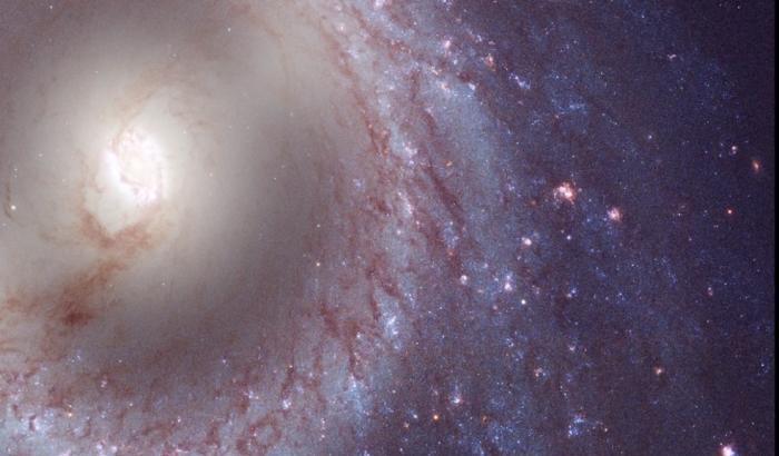 galassia a spirale barrata Messier 95