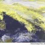 Meteo, Italia divisa in due: caldo incredibile al Centro/Sud, è già Primavera con +24°C a Catania e Siracusa, +23°C a Reggio Calabria, +21°C a Bari [DATI]