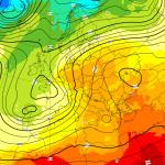 """Previsioni Meteo, il 1° Maggio inizia una violenta ondata di maltempo: forte """"Tempesta Mediterranea"""" in arrivo"""