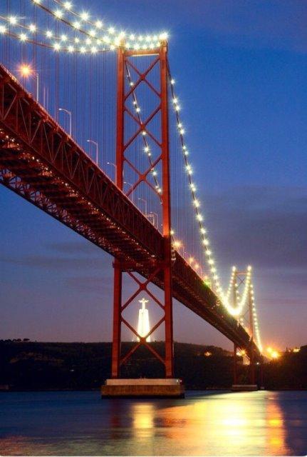 Ponte 25 de Abril, Lisbona