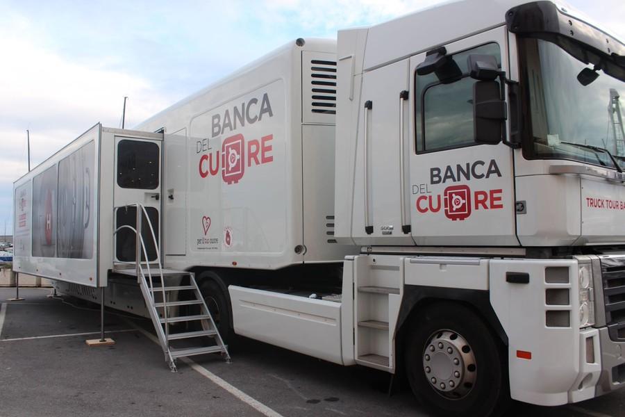 Truck-Tour-Banca-del-Cuore