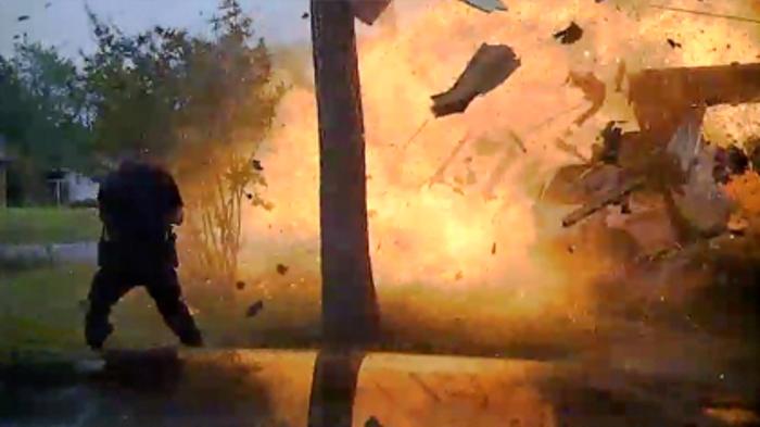 esplosione casa texas
