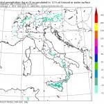 Meteo Italia LIVE: caldo estivo al Nord, forti temporali pomeridiani in Sicilia
