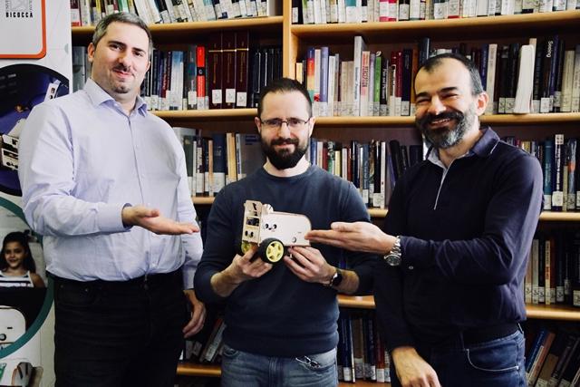 Leonardo Mariani, Edoardo Datteri e Roberto Previtera presentano CoderBot