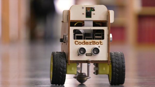 CoderBot, un robot per giocare a pensare