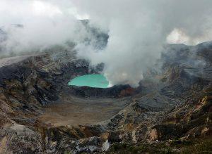 Laguna Caliente Vulcano Poas
