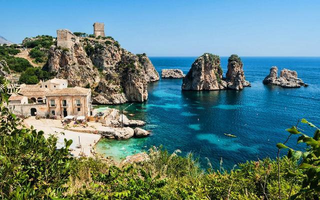 Tonnara di Scopello: uno dei luoghi imperdibili della Sicili