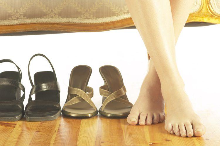 piedi scarpe