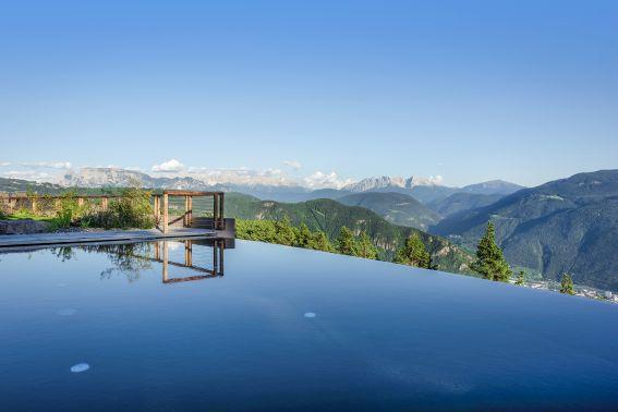 Viaggi & Turismo: l\'Hotel Belvedere dà il benvenuto all\'estate, la ...