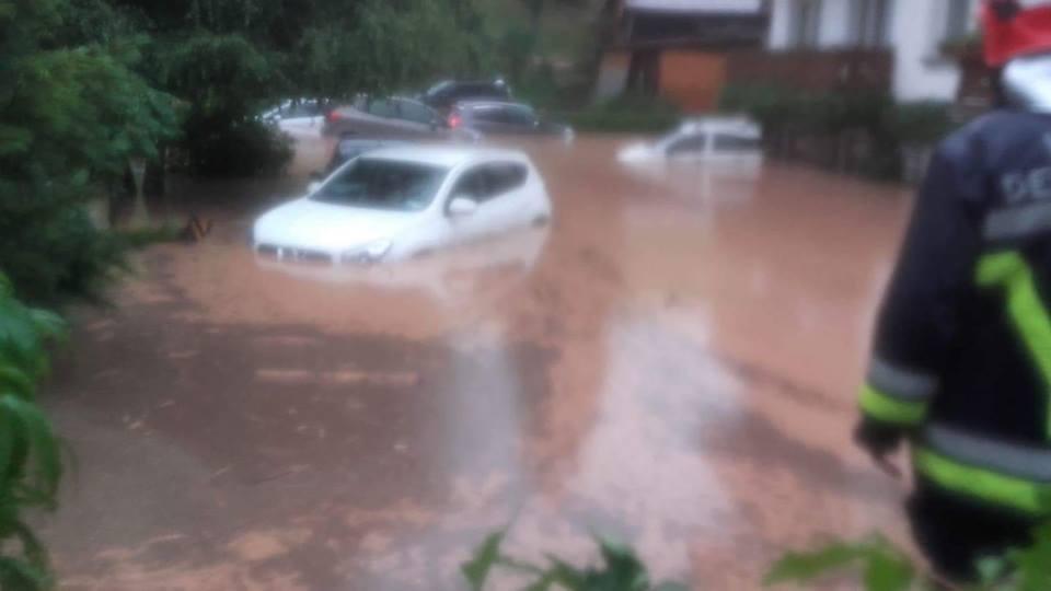 Alluvione Moena: 63 ragazzi evacuati, accolti in centro Don ...