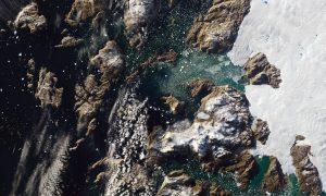 iceberg Groenlandia inaarsuit