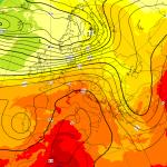 """Uragano Florence, la """"pazza"""" ipotesi ECMWF: ecco come potrebbe arrivare in Europa dopo aver innescato l'ondata di caldo più intensa dell'anno"""