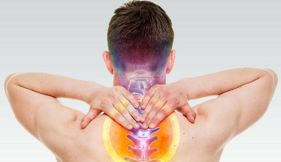 Dolore alla colonna vertebrale: perché subentra e cosa fare?