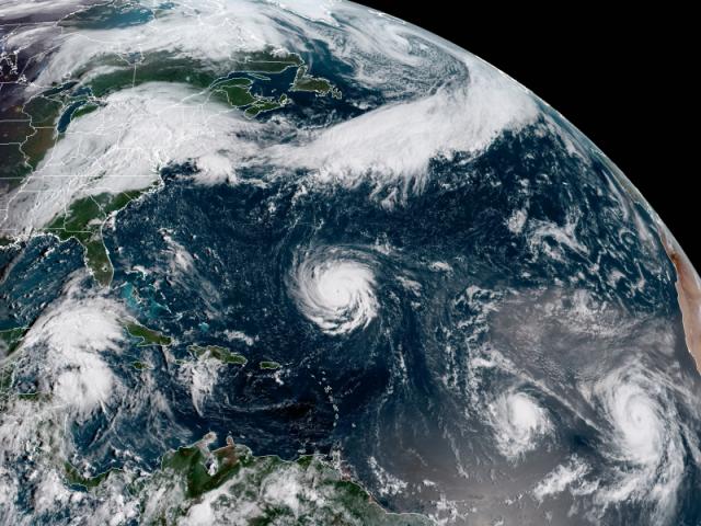 Stati Uniti, uragano Florence: polemica sulle parole di Trump