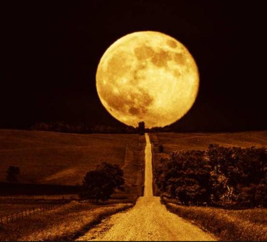 Astronomia il 25 settembre arriva la luna del raccolto for Cosa si semina a settembre