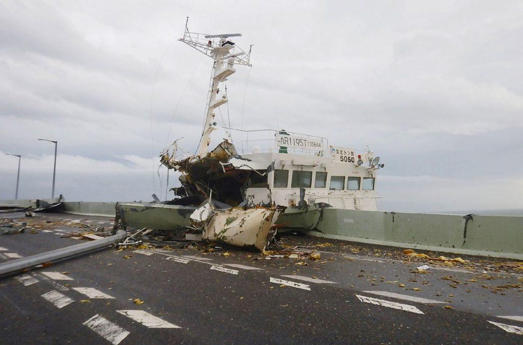 tifone jebi giappone