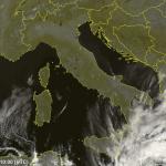 """Allerta Meteo, l'Uragano Mediterraneo """"Zorbas"""" diventa un mostro di 2ª Categoria sul mar Jonio: maltempo su Calabria e Sicilia [LIVE]"""