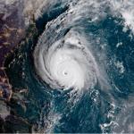 Allerta Meteo USA, l'uragano Florence cambia rotta: 10 milioni di persone a rischio, venti di 175 km/h e onde alte 25 metri [LIVE]