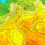 Previsioni Meteo, nuova violenta ondata di maltempo in arrivo con lo scirocco: inizio Novembre di super caldo e violenti temporali [MAPPE]