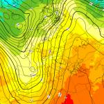 Previsioni Meteo Novembre, Scirocco inarrestabile: altre tempeste in arrivo, forte maltempo e caldo anomalo fino a metà mese [MAPPE]