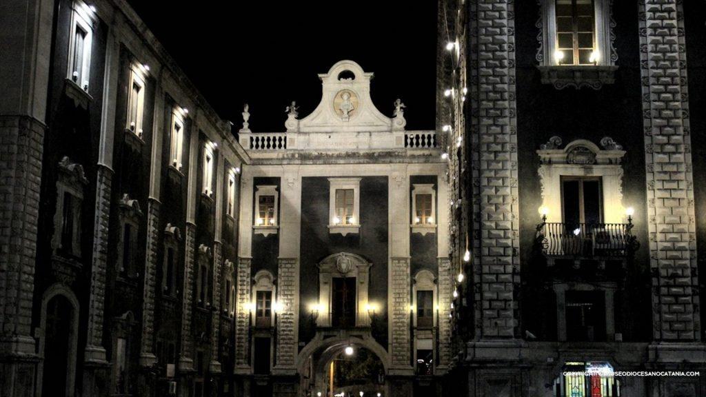 Porta Uzeda