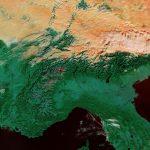 Caldo sconvolgente al Nord, il foehn riporta l'estate: +32°C a Parma e Bergamo, stravolti tutti i record storici [DATI e FOTO LIVE]