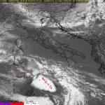 Allerta Meteo, violentissima Squall-Line nel Canale di Sicilia: sta per colpire Malta, domani mattina colpirà Ragusa e Siracusa [LIVE]