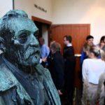 Nobel per la Medicina: premio assegnato a James Allison e Tasuku Honjo per la scoperta dell'immunoterapia anticancro