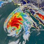 Maltempo, la tempesta tropicale Rosa minaccia Messico e USA con oltre 100mm di pioggia, frane e venti di 100 km/h, Sergio potrebbe presto diventare un uragano [GALLERY]