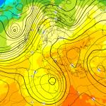 Allerta Meteo, violento ciclone in arrivo sull'Italia nel weekend: allarme rosso in Sicilia, forte maltempo in tutto il Sud [MAPPE]