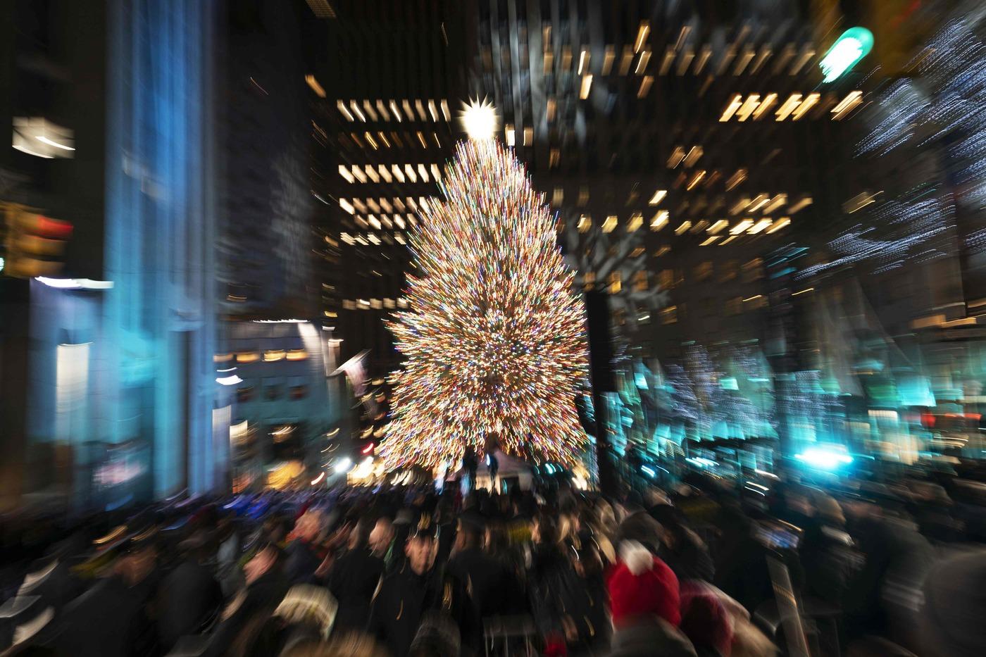 Albero Di Natale New York.Natale Acceso L Albero Della Casa Bianca A Washington E Del