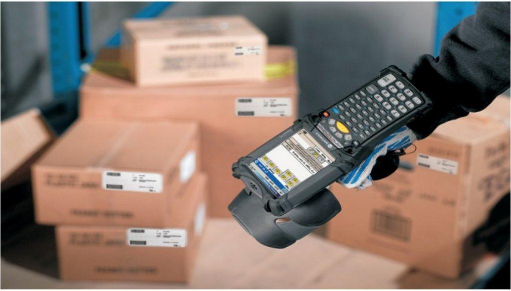 Controllo merci con il sistema RFID