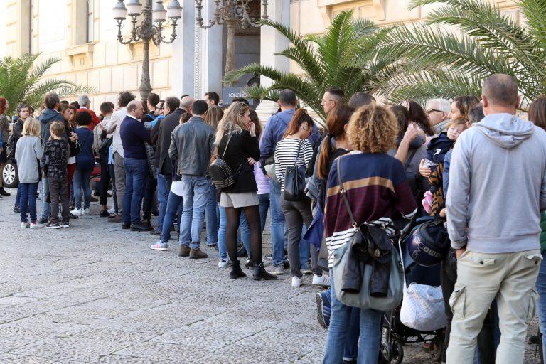 Palermo 4112018 ( FOTO PETYX PALERMO) Le vie dei Tesori: code a piazza pretoria