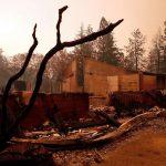 California, si chiama Paradise ma per ore è stata solo un inferno di fuoco: ecco quel che resta della città rasa al suolo dalle fiamme [FOTO]
